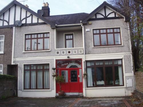 Acton Lodge Guesthouse
