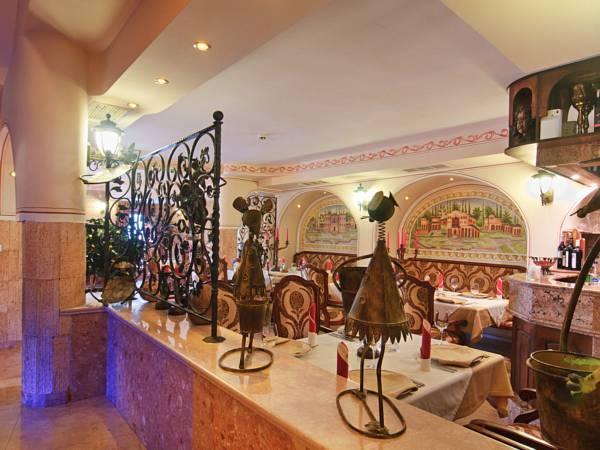Boutique Hotel Boris Palace And Restaurant