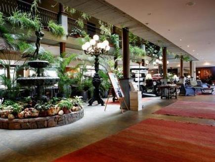 Ramon Park Hotel