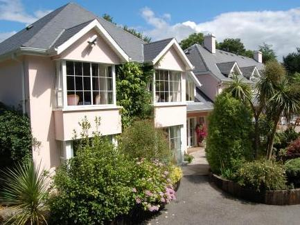 The Grove Lodge Guesthouse