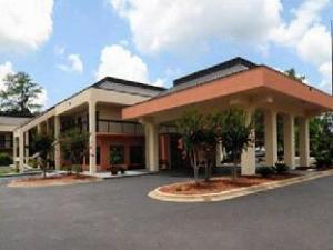 Baymont Inn and Suites Tallahassee