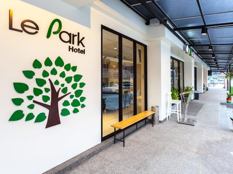 Le Park Hotel