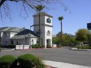 Crossland Economy Studios Phoenix – Metro – Black Canyon
