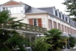 Appart'hotel Bellevue Thermes De La Reine