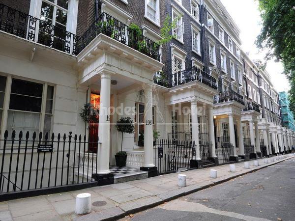 Rhodes Hotel London