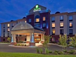 Holiday Inn Express Hotel & Suites Kodak East-Sevierville