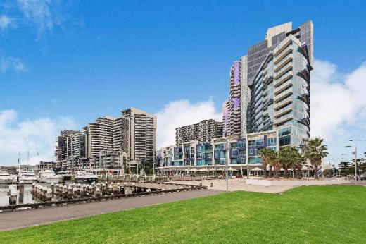 Docklands Private Collection – New Quay