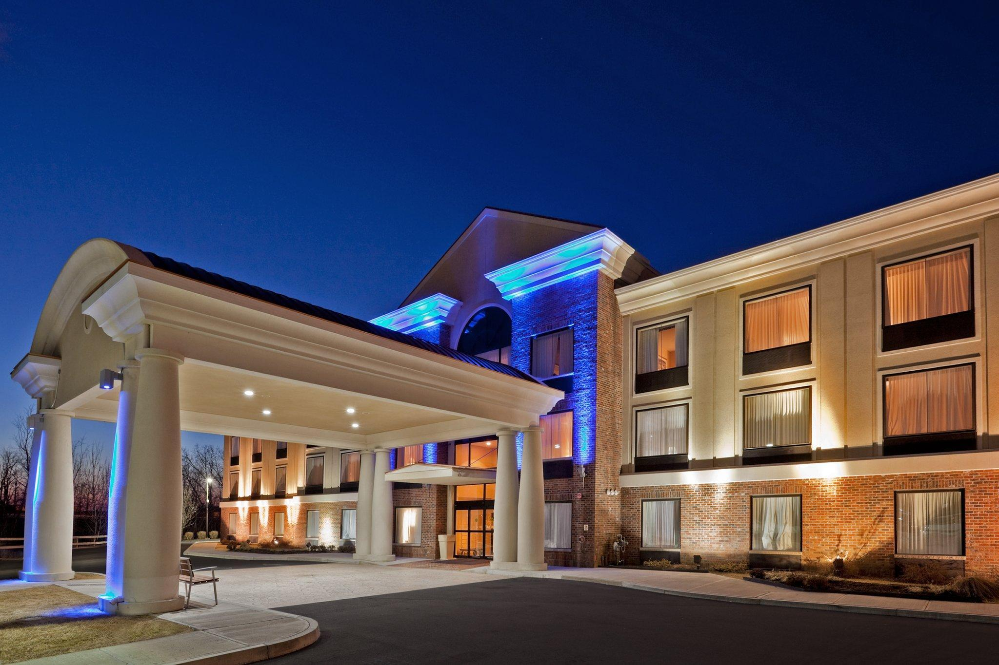 Holiday Inn Express Hotel And Suites Clifton Park