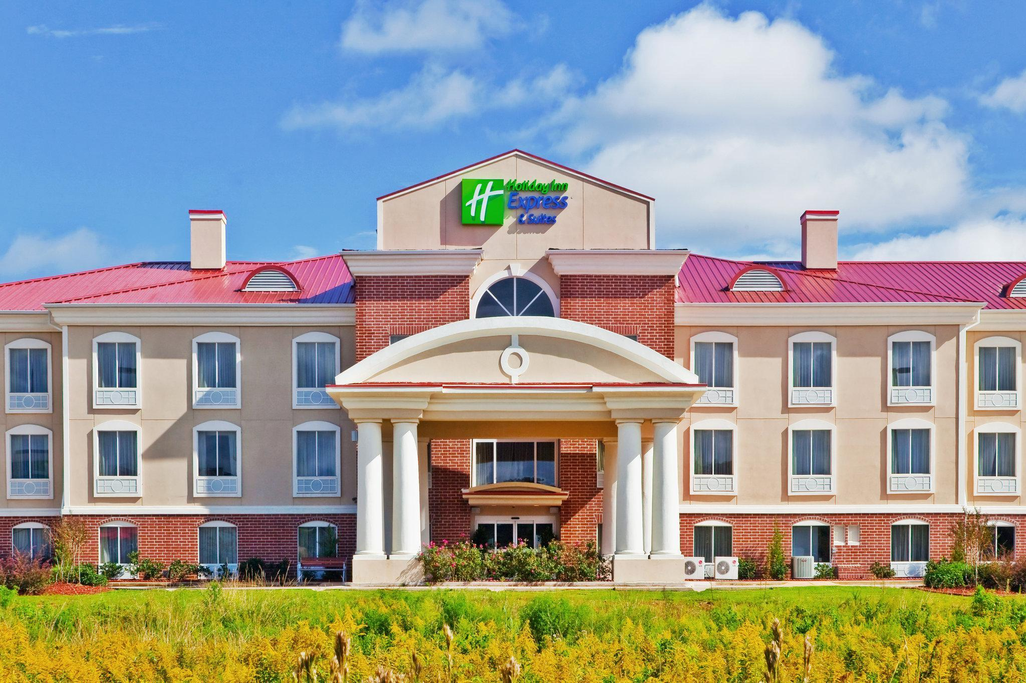 Holiday Inn Express Hotel And Suites Magee