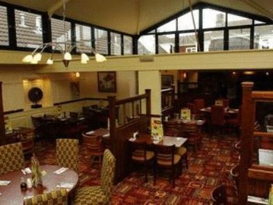 Premier Inn Oldham Central