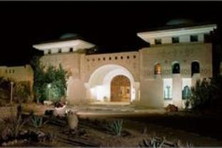 Yadis Oasis Kebili Hotel