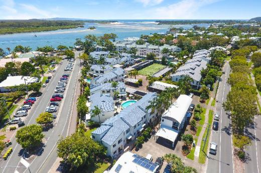 Noosa Place Resort