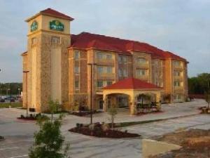 La Quinta Inn & Suites Desoto