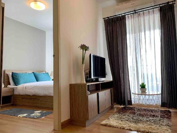 A Cozy 1 bedroom near MRT 1 station to JJ market. Bangkok