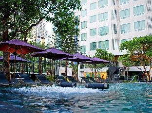 ラマダ ホテル アンド スイート Ramada Hotel & Suites