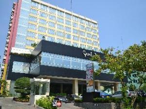 祖里加巴贝克大酒店 (Grand Zuri Jababeka Hotel)