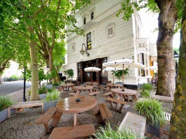 The Warrington Hotel London