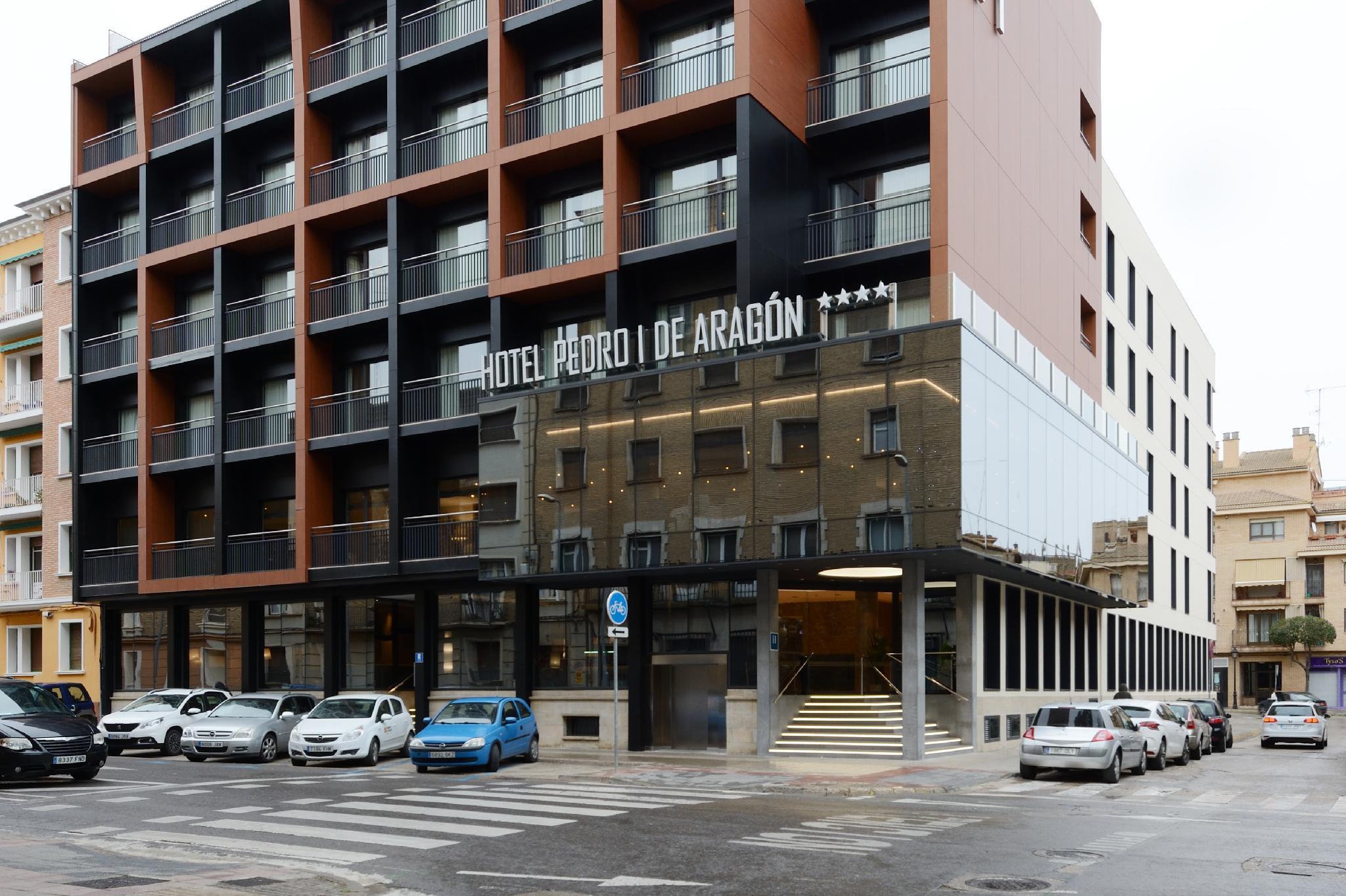 Pedro I De Aragon Hotel