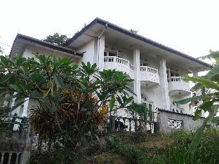 Kandy Hill Breeze ( Home Stay)