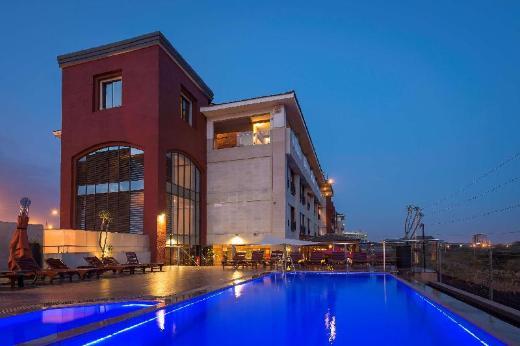 Ole Sereni Hotel