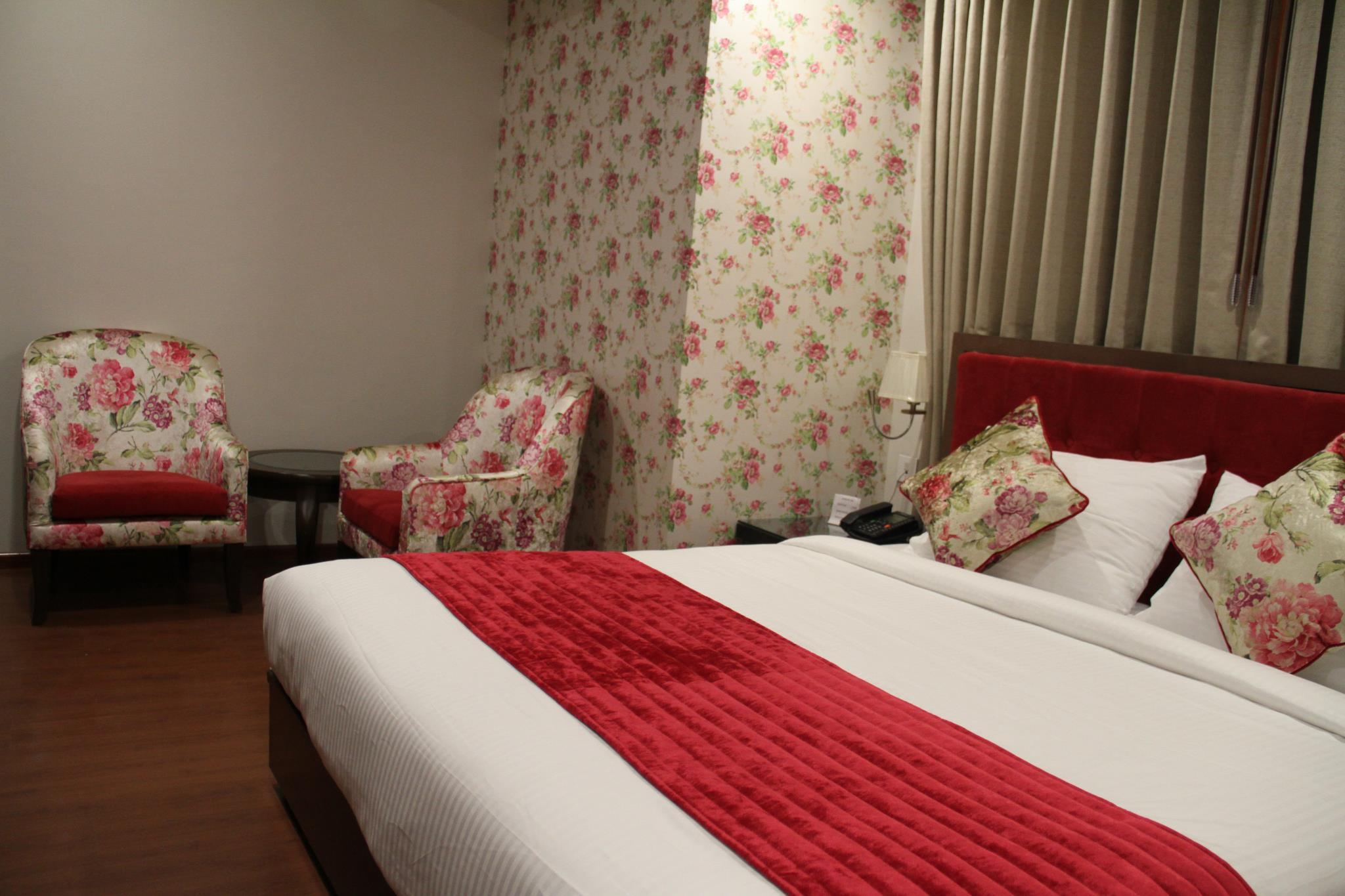 Reviews Hotel The Zodiac