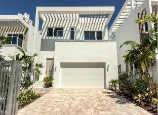 Ultra Modern Luxury Villa