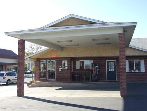 Dixie Palm Motel