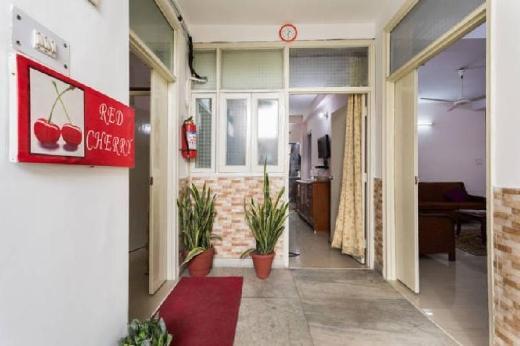 Redcherry Service Apartment