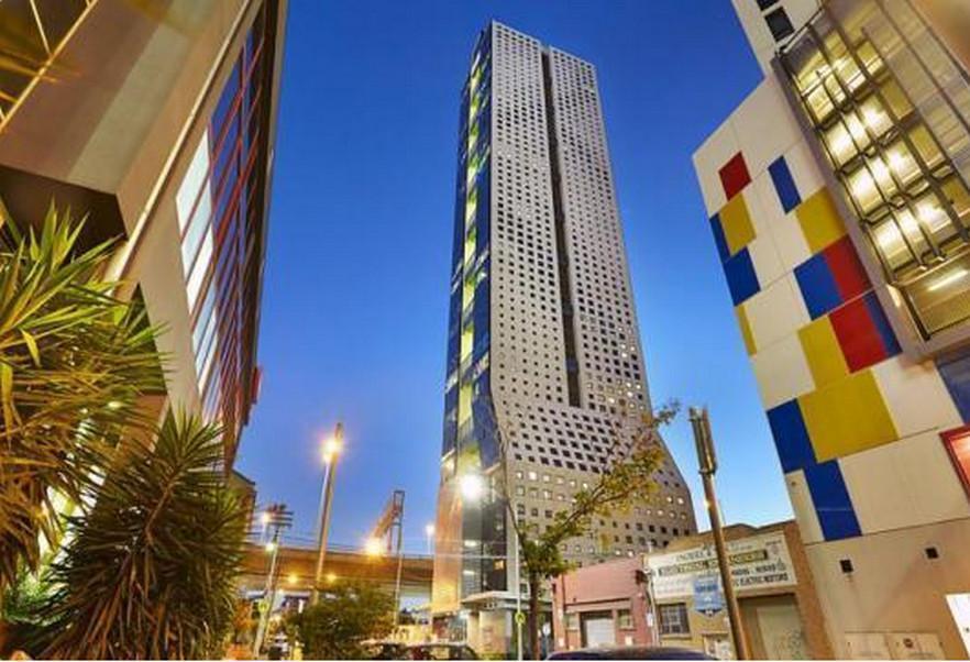 Royal Stays Apartments   Clarke St