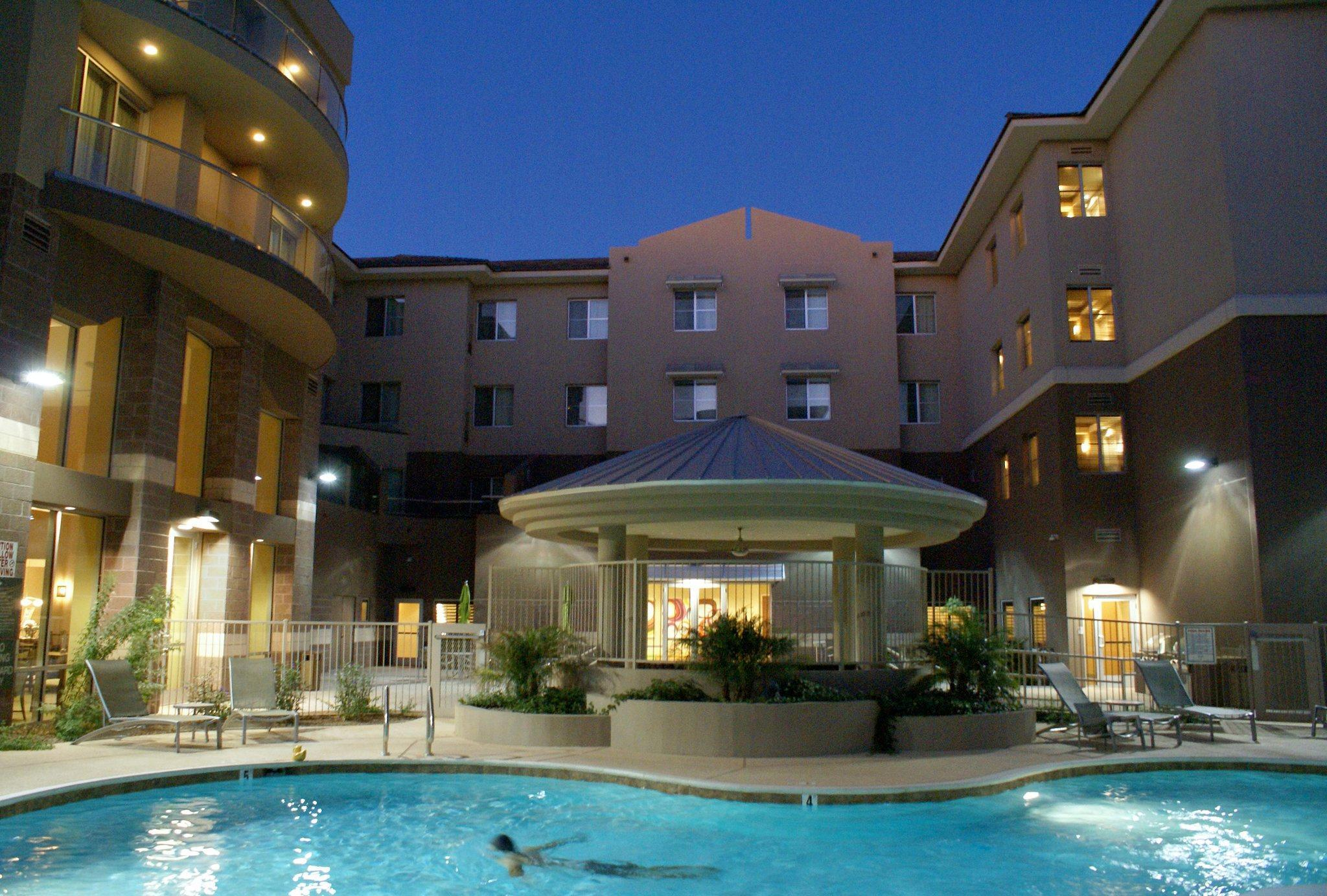 Homewood Suites By Hilton Phoenix Airport South Hotel