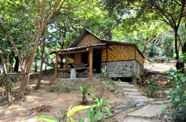Sangsuree bungalow Ranong