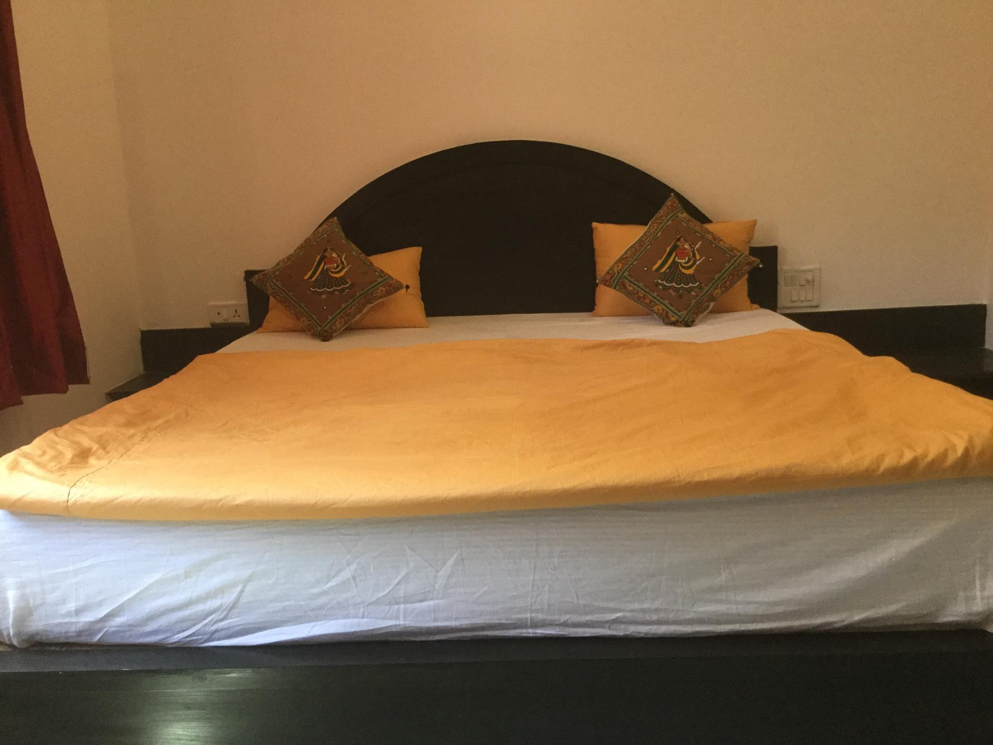 Review Hotel Khajuraho Inn
