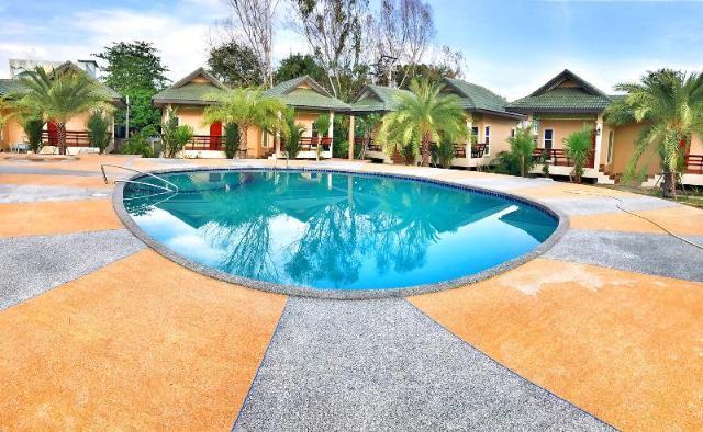 เฮือนสุนทรี รีสอร์ท – Huan Soontaree Resort