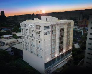 picture 4 of Mezzo Hotel