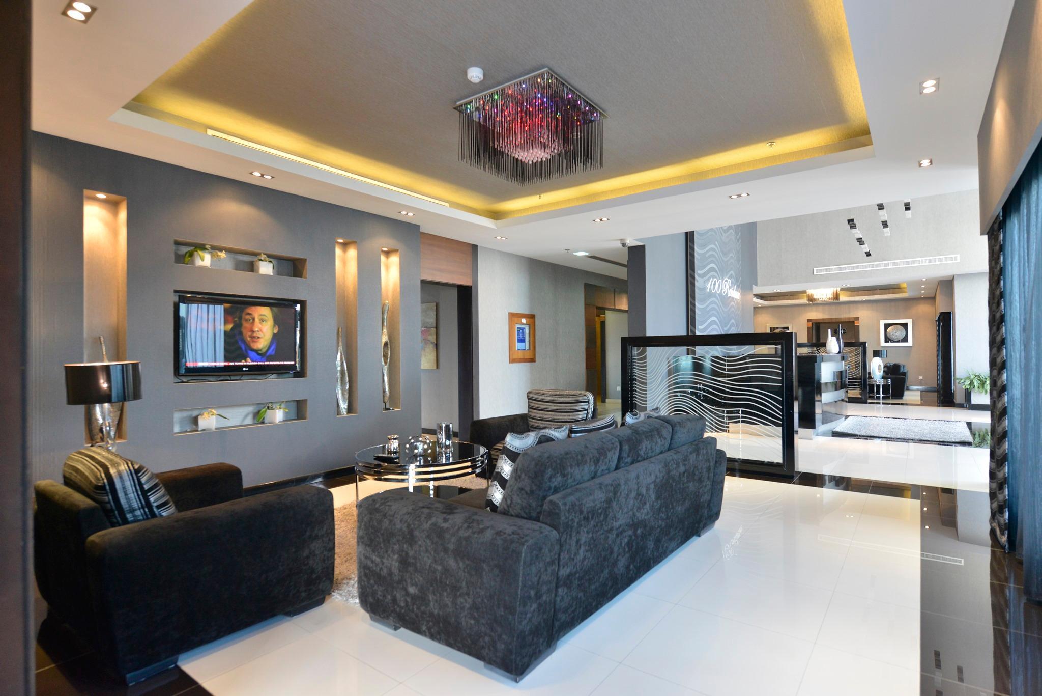 100 Residence   1 Bedroom Apartment  High Floor