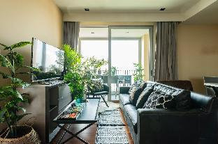 Boutique home in upscale location walk to BTS Boutique home in upscale location walk to BTS