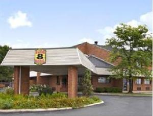 Super 8 Motel  Beachwood Cleveland Area