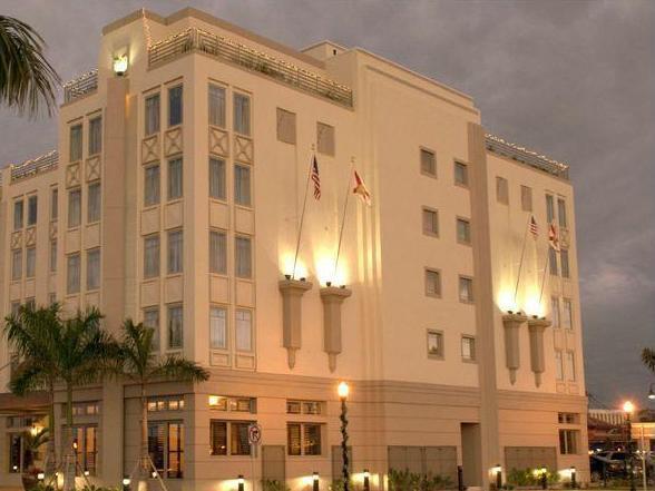 Wyvern Hotel