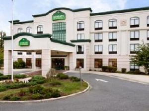 Wingate by Wyndham Fredericksburg Conference Center