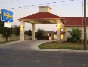 Winnquest Inn