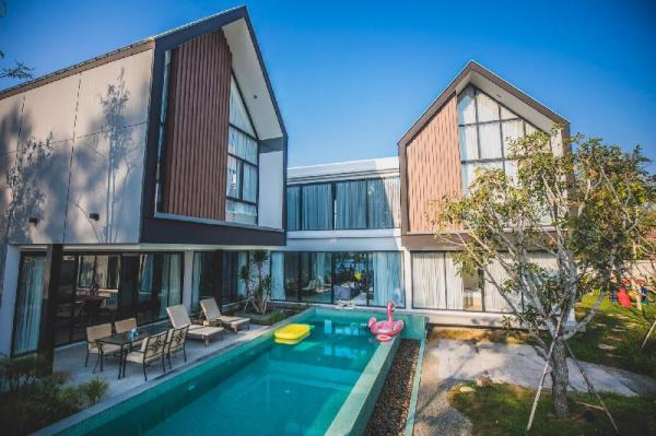New and special design pool villa with greenhouse Chiang Mai