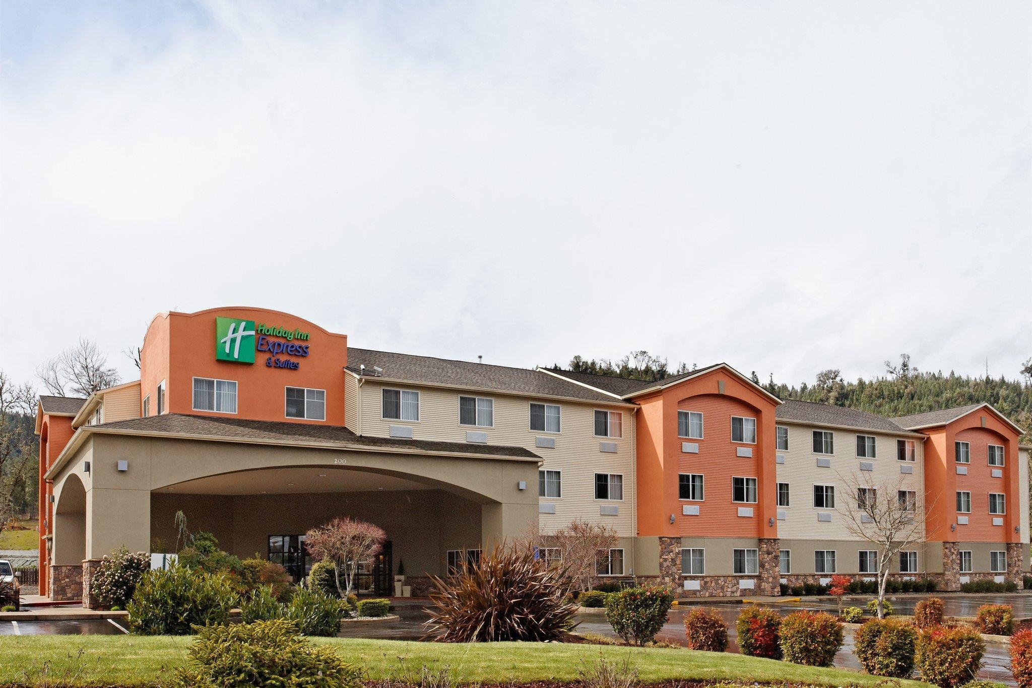 Holiday Inn Express Hotel And Suites Canyonville
