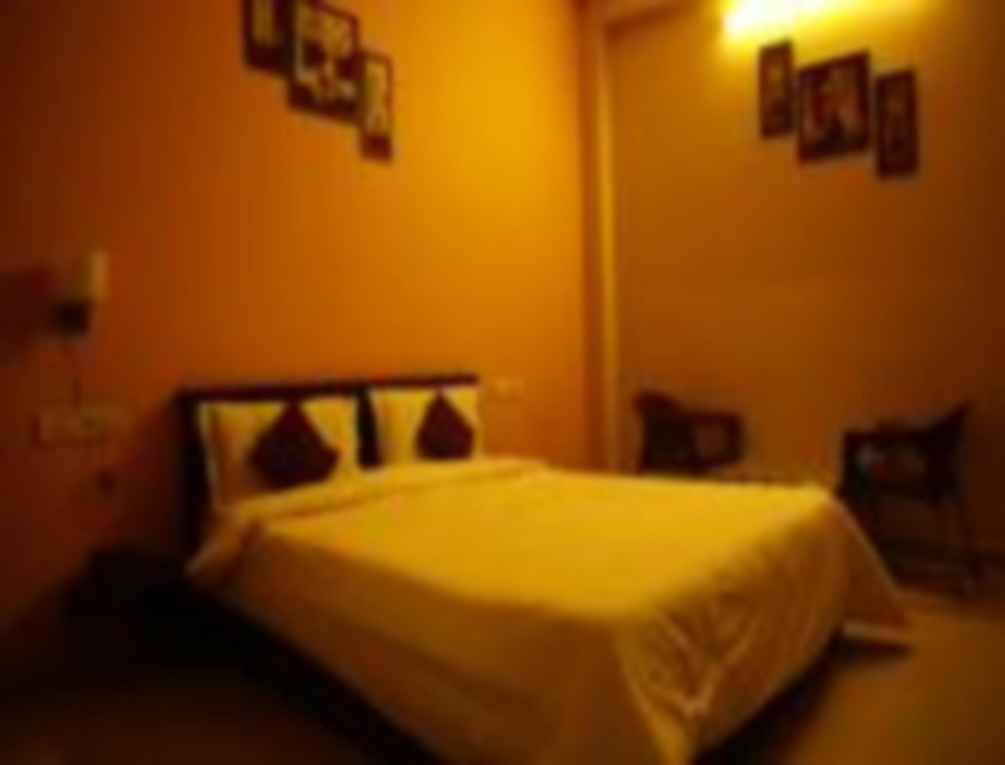 Price HOTEL GANPATI