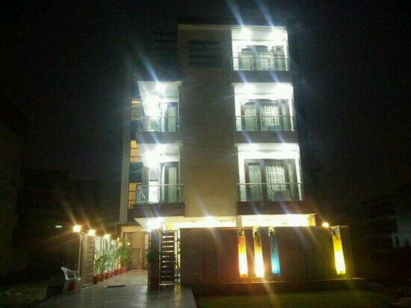 About INDIYAAH GUEST HOUSE