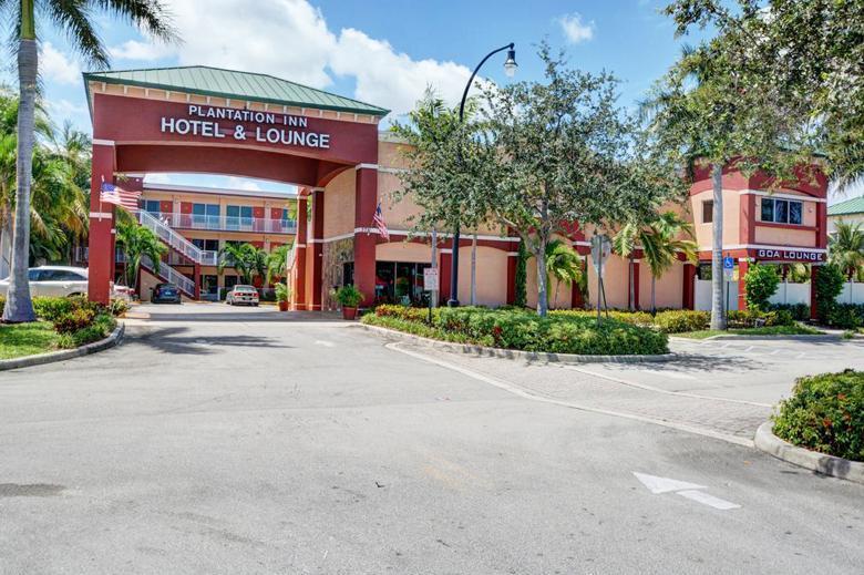 Plantation Inn Hotel And Lounge