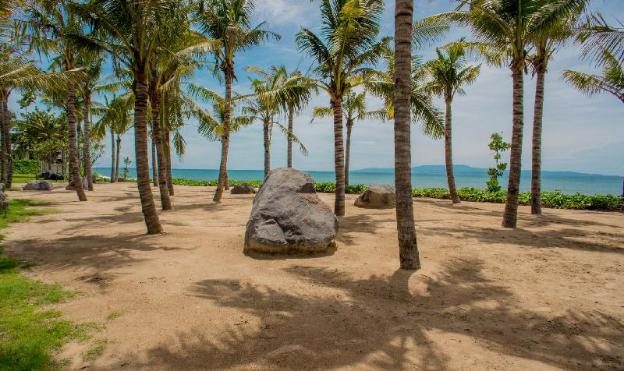 Komaneka at Keramas Beach