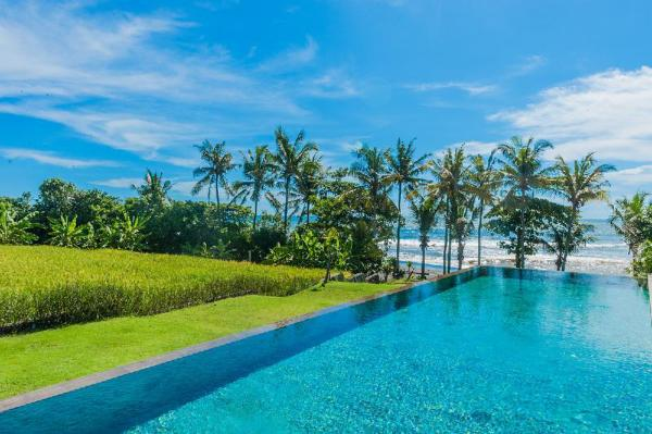 3 Bedroom Villa Mengening Beachfront 2 in Canggu Bali