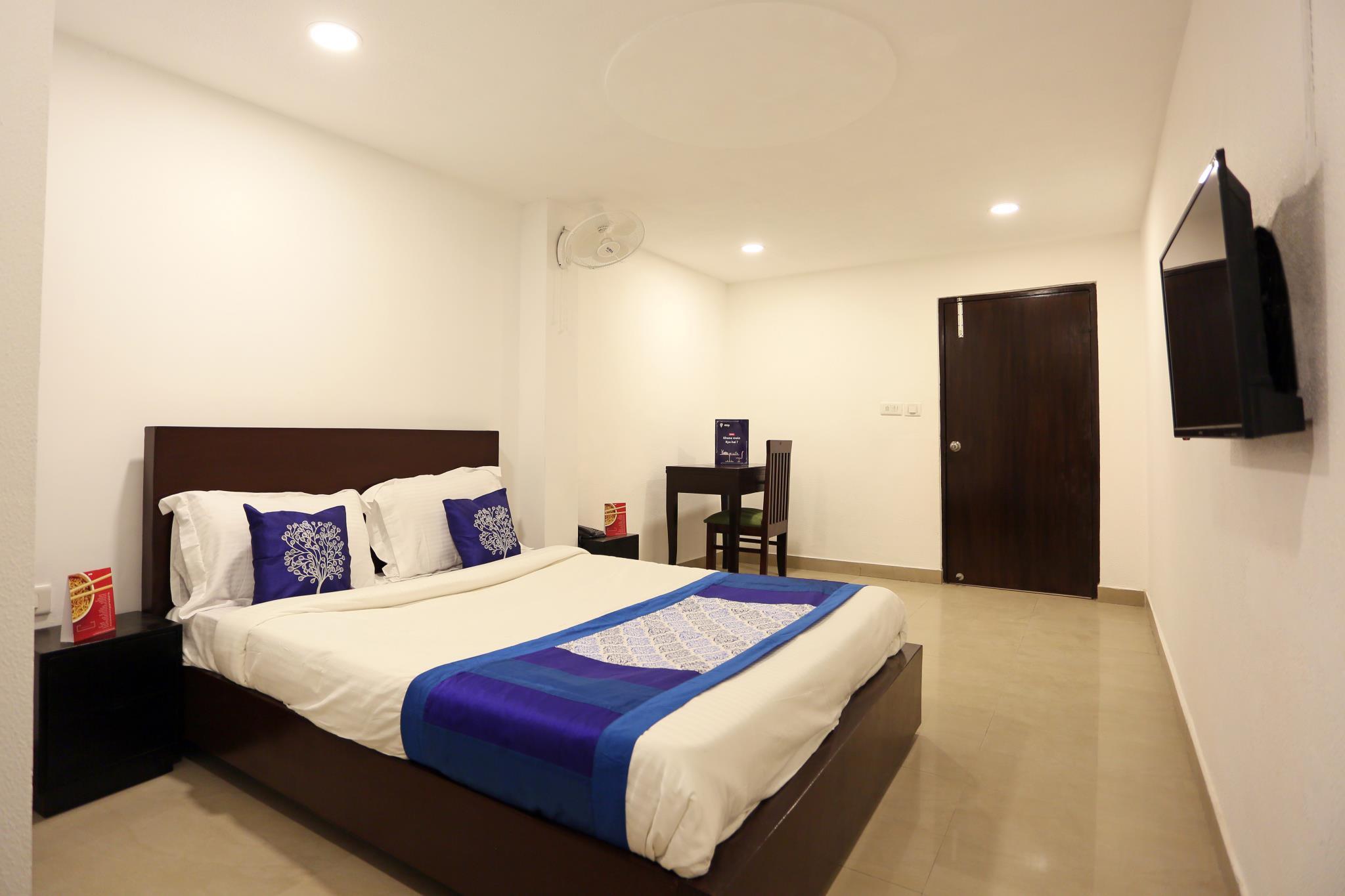 Airport Hotel Ravin
