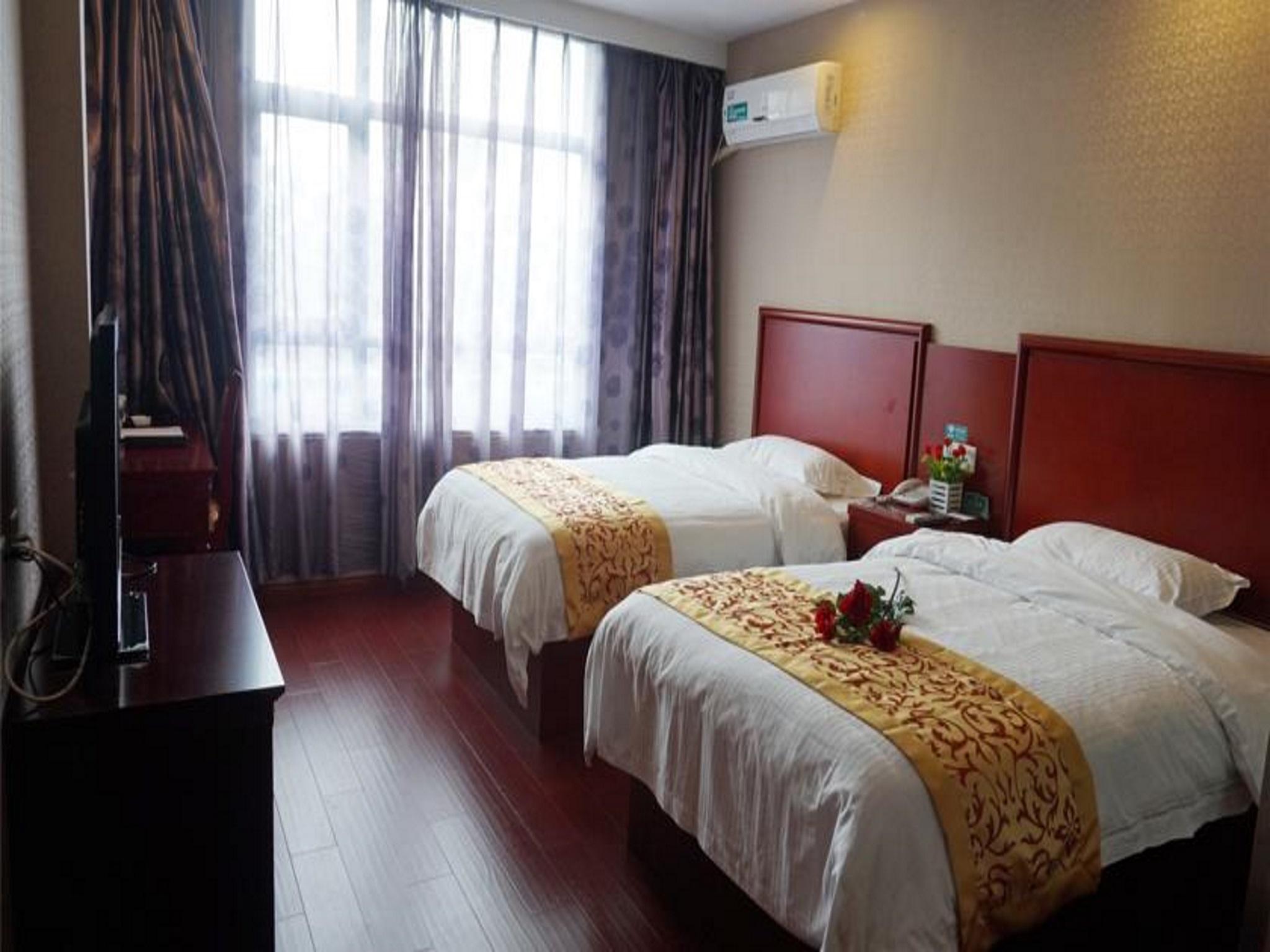 GreenTree Inn ZhuMaDian YiCheng Weisi Road  Business Road
