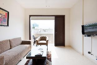 OLIVE Modern 1 Bed Aprt with Kitchen   DLF Gurgaon